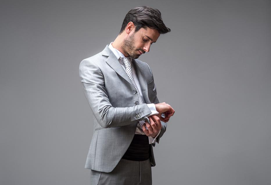 abito-grigio-panciotto